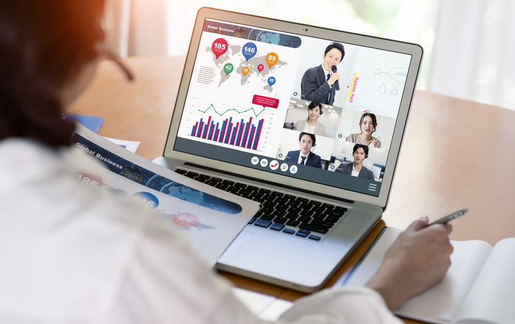 Surge in Collaboration Tools for Remote Work and Education Triggers Growth of Global Wireless Content Sharing Market