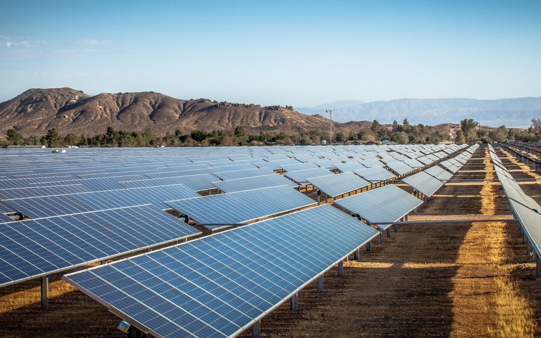 Shift Away from Fossil Fuels to Renewable Energy Gathers Speed in the North American Power Sector, Boosted by State Mandates and Corporate America's Green Push